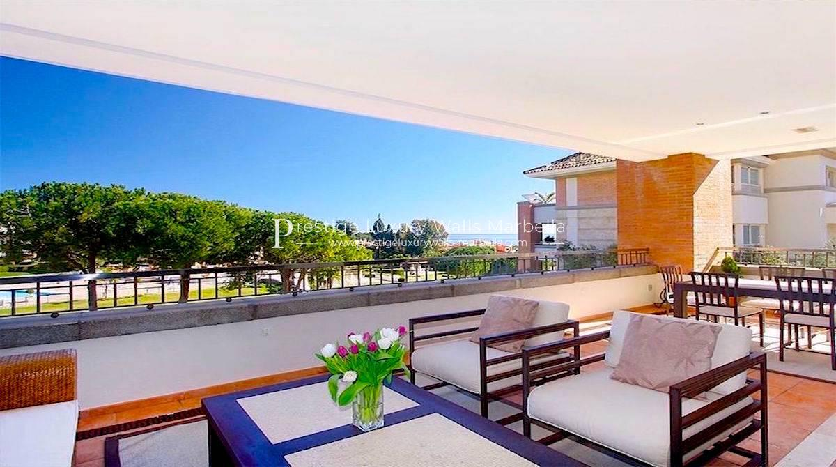 Luxury Apartment with Sea View for Sale in La Costa Del Sol Marbella