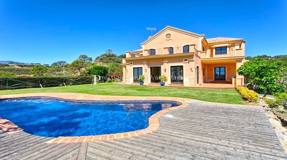 Rustic Villa for Sale in Benahavis Costa Del Sol
